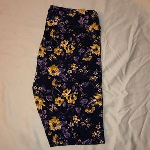 TC Lularoe leggings. Worn once